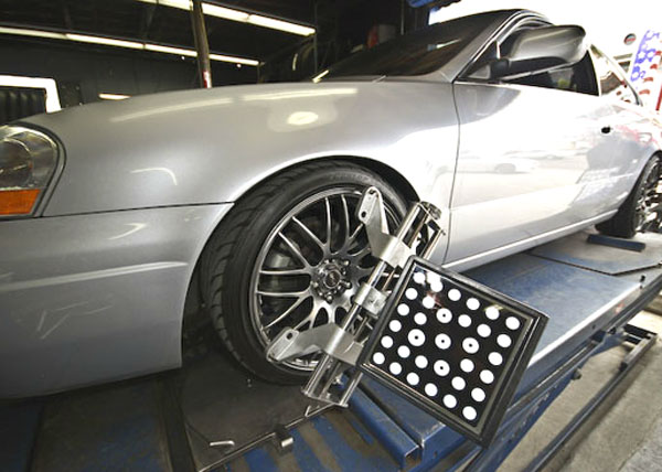 Wheel Alignments & Tire Specialists San Diego, CA